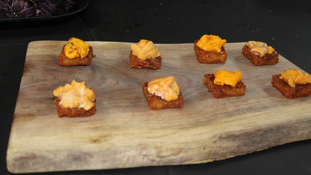 Aubergine Executive Chef Justin Cogley prepared the uni on a fried potato with a sweet soy glaze for the class to try.