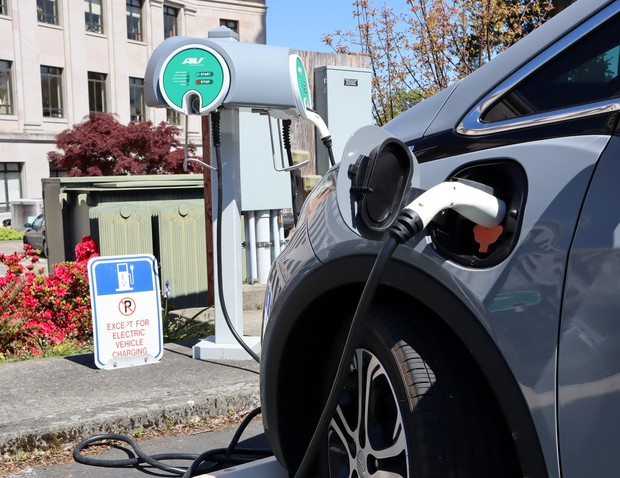 Washington Legislators Revived A Lapsed Tax Incentives For Electric Car Purchases Effective August 1