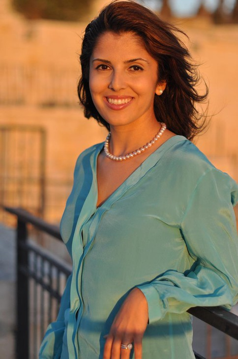 """Atia Abawi is the author of """"A Land of Permanent Goodbyes,"""" a young adult book about the Syrian refugee crisis."""