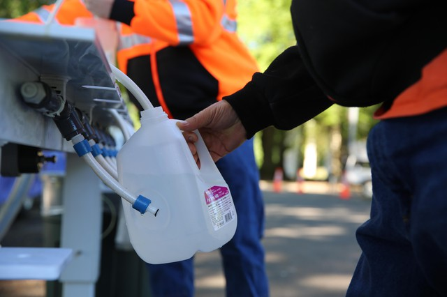 Water stations around Salem, like this one at Wallace Marine Park, are distributing water from nearby Keizer.
