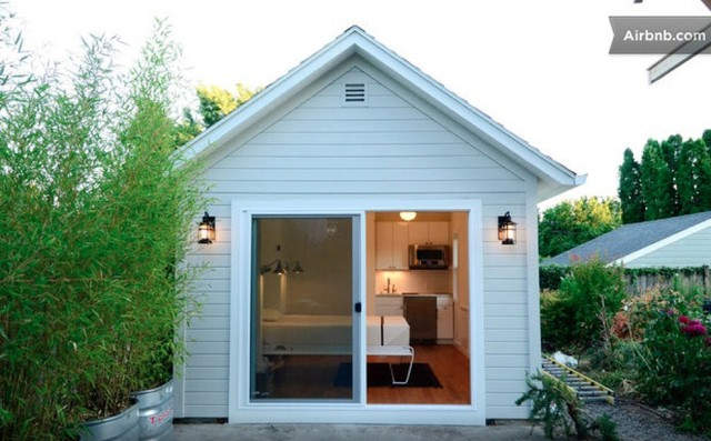 Cottage in Portland on Airbnb website.