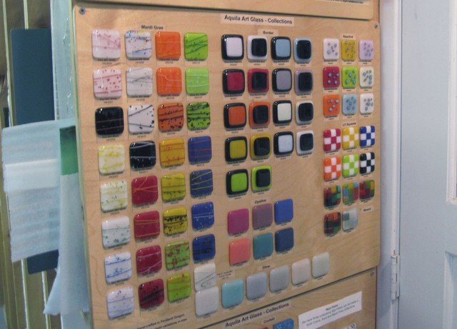 Bullseye's wide range of compatible colors for fused glass projects have made the company a desirable supplier for schools like Aquila.