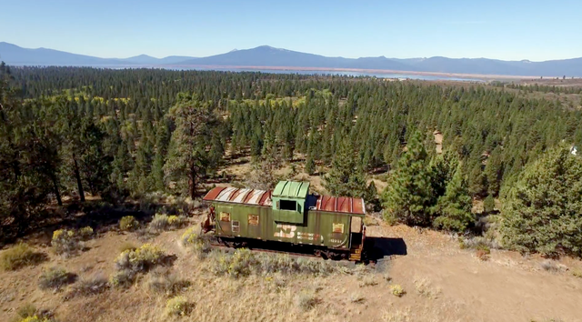 Thirty-six miles of tiny track weave through 2,300 acres of Ponderosa pine forest.