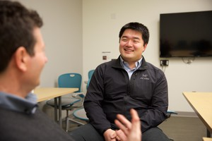 Fourth-year Oregon Health and Science University medical studentXiao-Yue Han is learning how to prescribe opioidsin a way that doesn't lead to addiction.