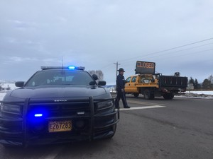 At least 40 miles of Highway 395 were shutdown after militants were arrested while traveling to John Day from Burns to host a community meeting.