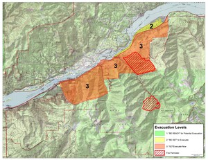 A large stretch of the Columbia River Gorge from Cascade Locks to Warendale is under a Level 3 evacuation notice — meaning leave now — as of 8 p.m. Monday, Sept. 4, 2017.