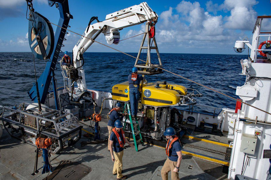 Launching of the ROV Hercules from the E/V Nautilus on the dive to search for the meteorite fragments off the Washington coast.