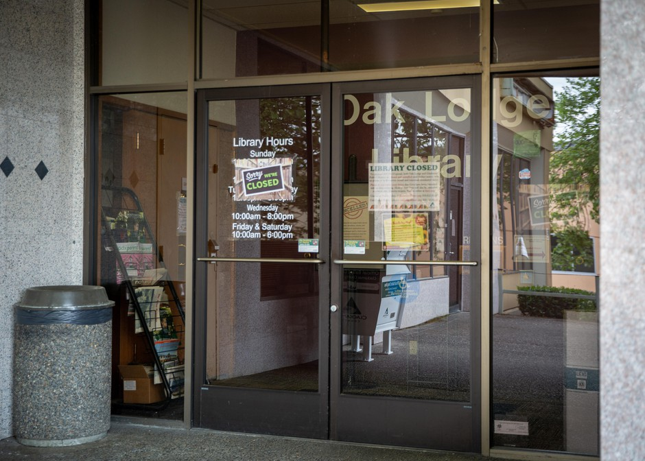 The Oak Lodge branch of the Clackamas County Library in Oak Grove, Ore., alerts patrons that it's closed on Wednesday, April 29, 2020. Clackamas County closed its public libraries due to the ongoing coronavirus pandemic.