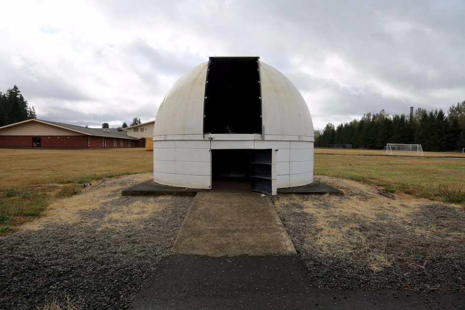 Onalaska's Herold Observatory sits in the middle of a school field. The 24-inch telescope makes it the largest public observatory in Western Washington.