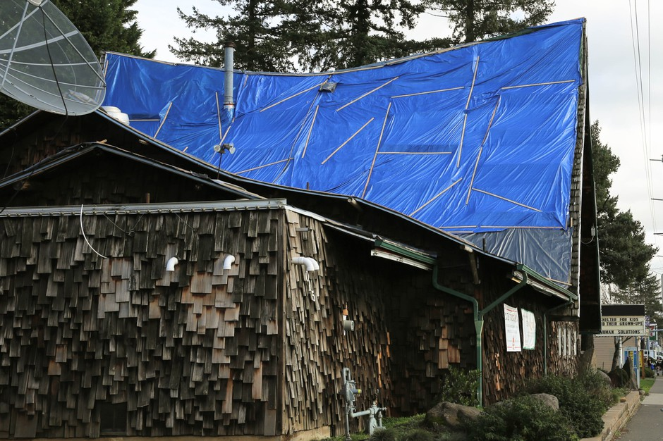 A side view of the failing roof at the Human Solutions Family Shelter.