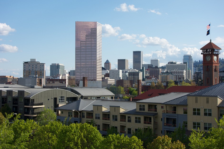 Downtown Portland, Oregon, viewed from the Broadway Bridge.